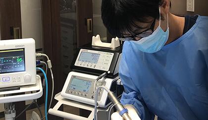インプラント手術室完備をしている八尾のそらいろ歯科